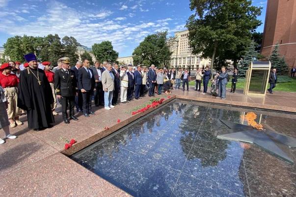 Движение поддержки флота возглавило мероприятия, посвященные 75-летию победы над милитаристской Японией